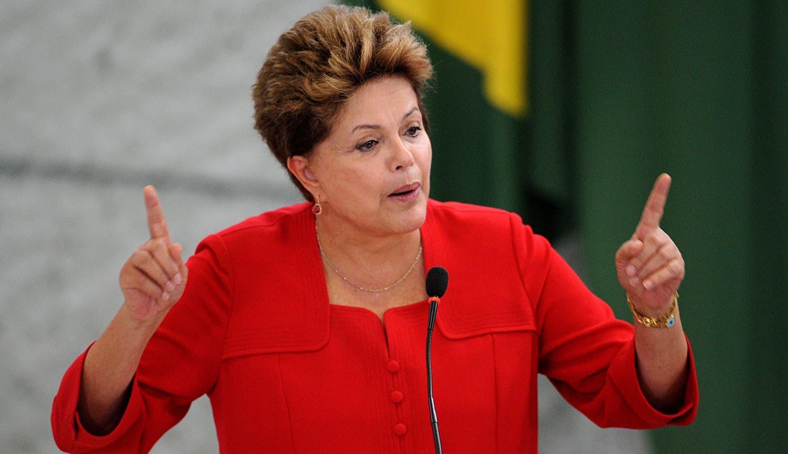 """Rousseff pide unas nuevas elecciones para superar el """"desgaste"""" político"""