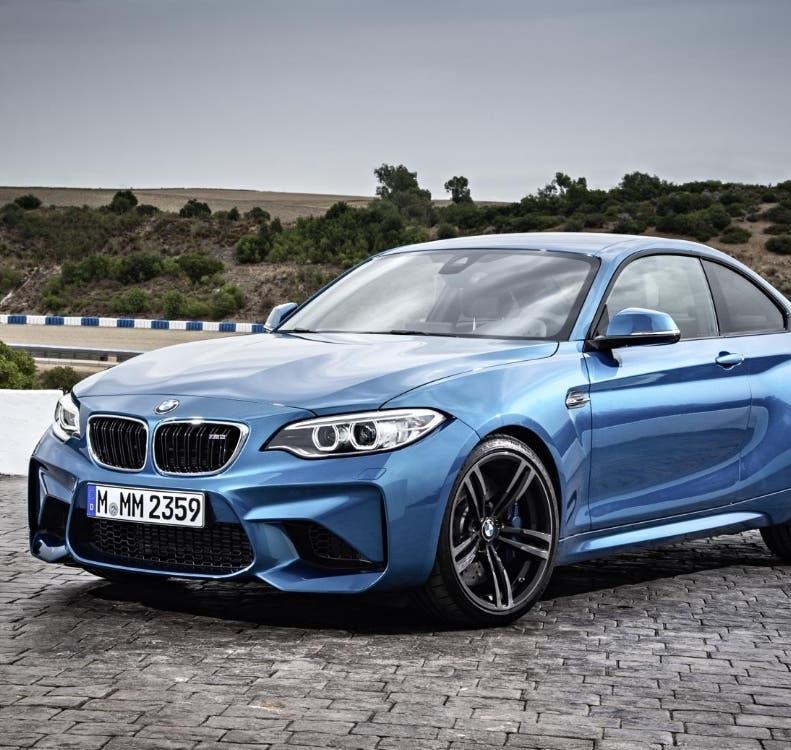 BMW lanza cupé y  recobra terreno  en mercado de lujo
