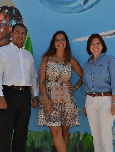 EGE Haina inaugura mural artístico en Parque Eólico
