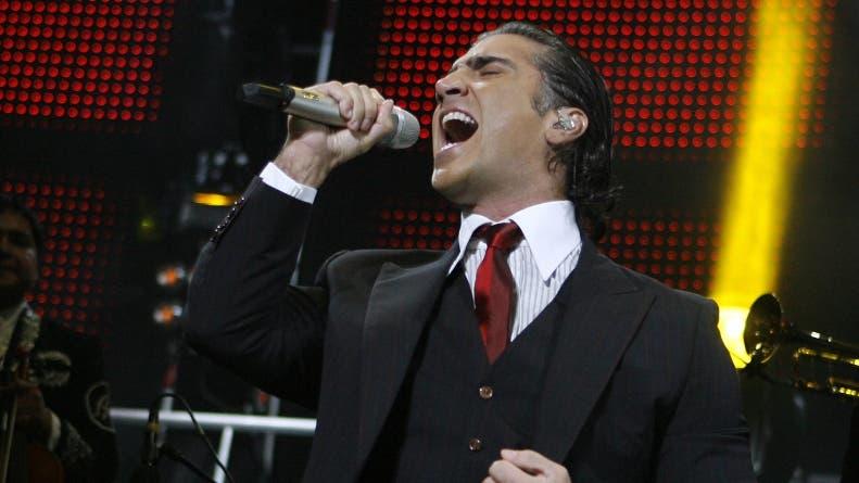 Alejandro Fernández apoya las fusiones en la música mexicana y se reinventa