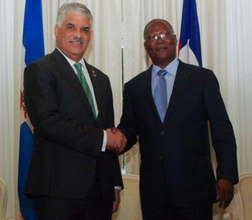 4 NACIONALES HAITI,p02
