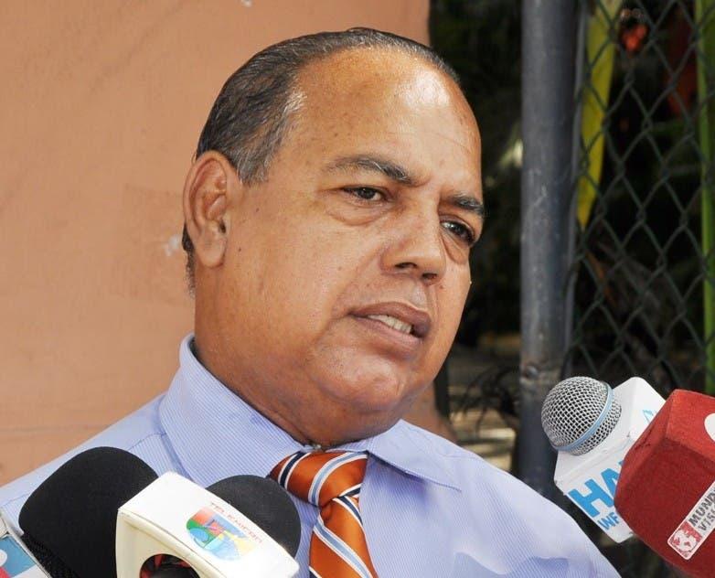 Juan Avila Abreu, Presidente FEDEPADRES.jpg 1