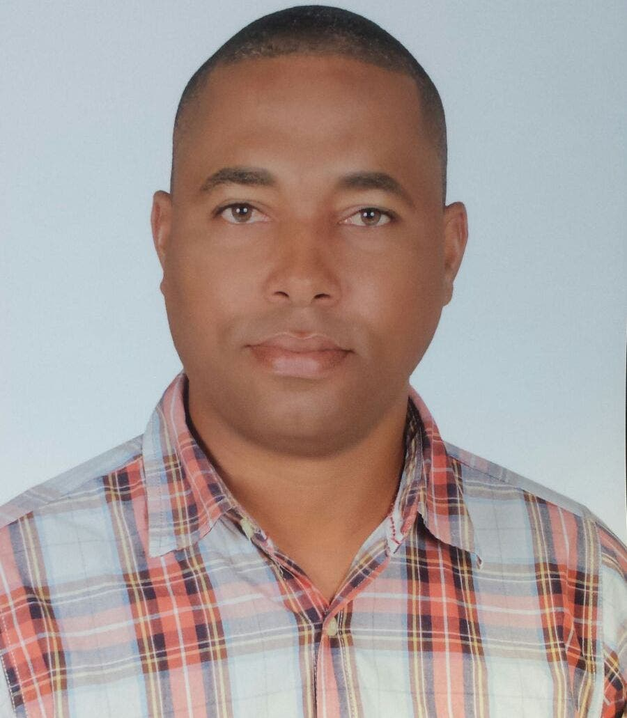 Alcalde municipio Eugenio María de Hostos denuncia recibió cabildo endeudado