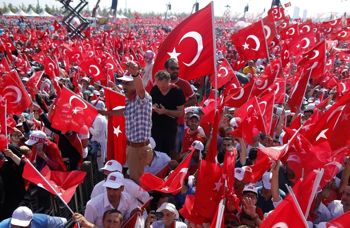 Más de un millón de turcos en el mitin antigolpista convocado por Erdogan