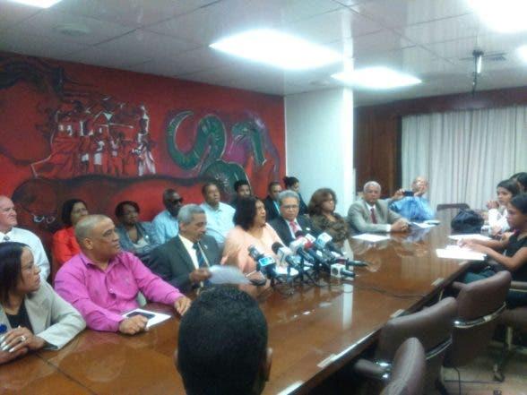 CMD anuncia gobierno de Medina rompió diálogo con gremios de la salud