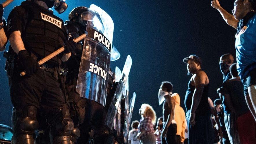 Un muerto durante la segunda noche de disturbios en Charlotte