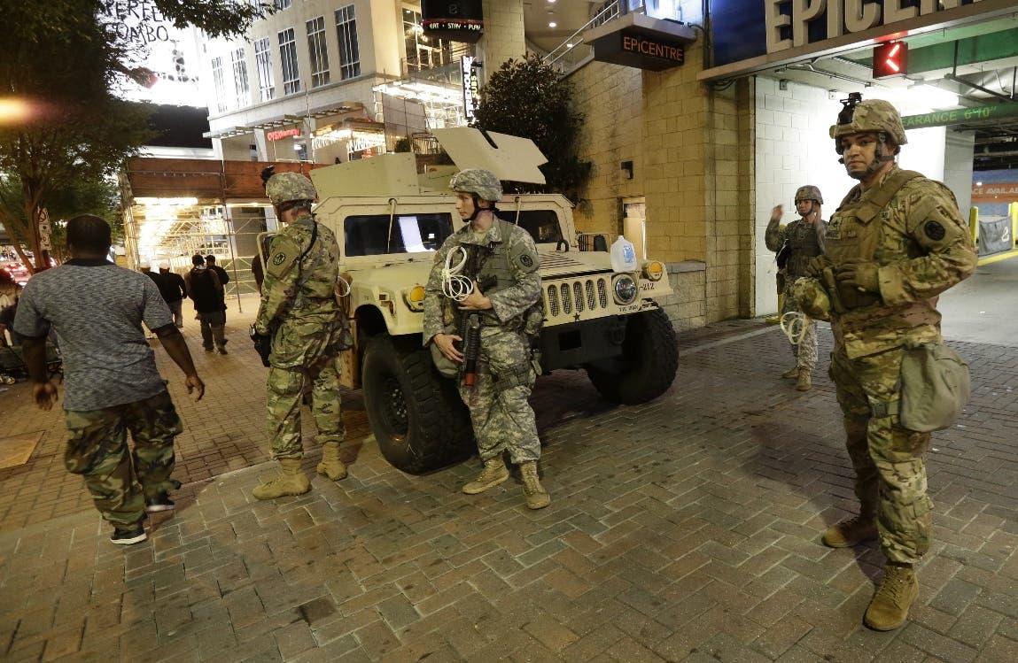 Movilizan a la Guardia Nacional para contener violencia en Charlotte