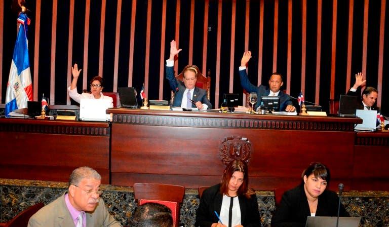 Senado aprueba modificación al presupuesto