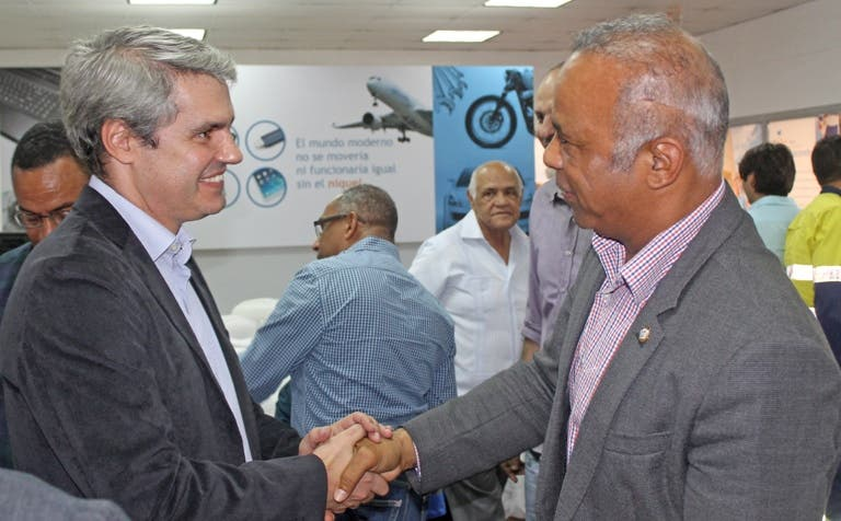 Falcondo abre diálogo con autoridades y empresarios de Bonao