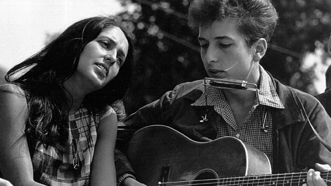 Los cantautores latinoamericanos que, como Bob Dylan, se merecen un Nobel de Literatura