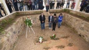 tumba-de-los-guerrilleros-en-vallegrande-bolivia-efe-331x219
