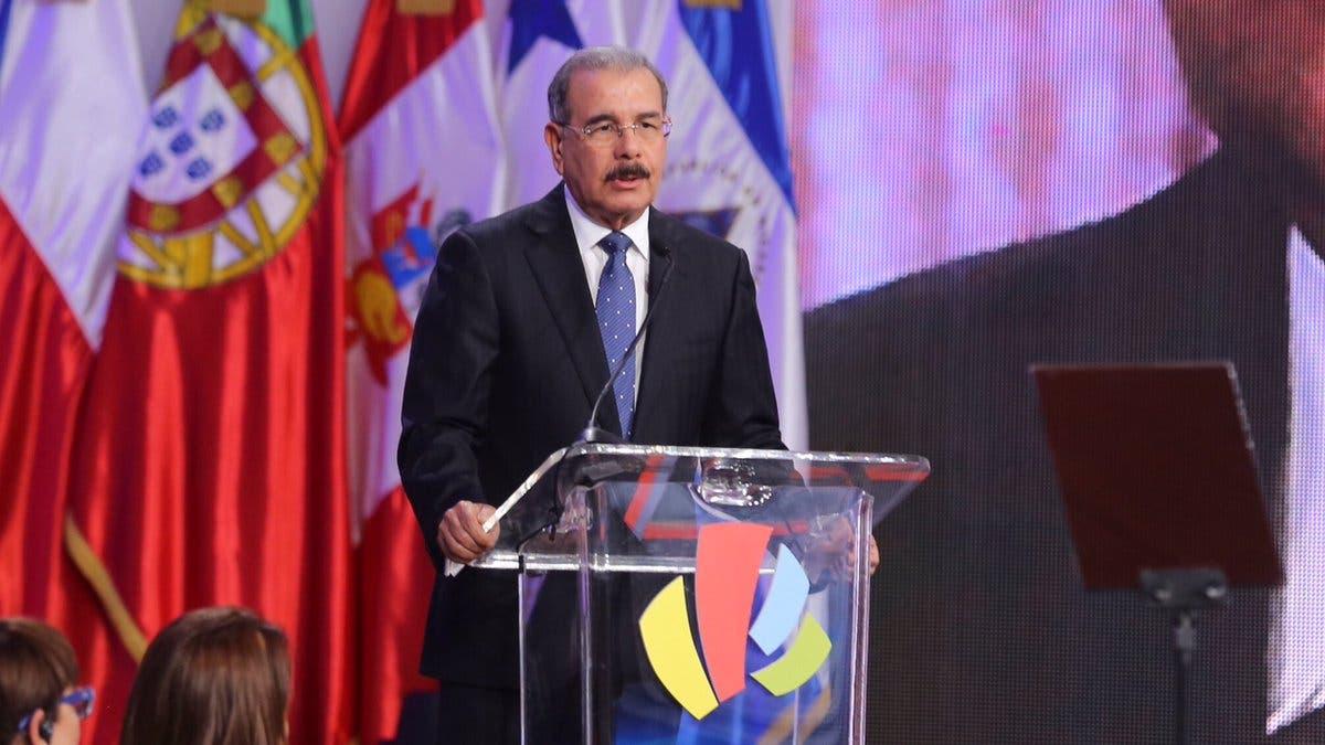 Danilo Medina aboga países desarrollados inviertan más a favor de naciones región