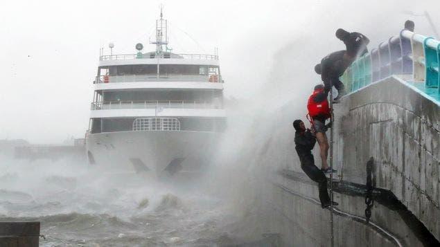 Cinco muertos y un desaparecido por el tifón Chaba en Corea del Sur