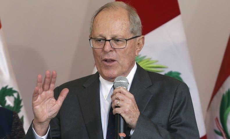 """El presidente de Perú pide """"calma"""" y dice Gobierno está atendiendo emergencia"""