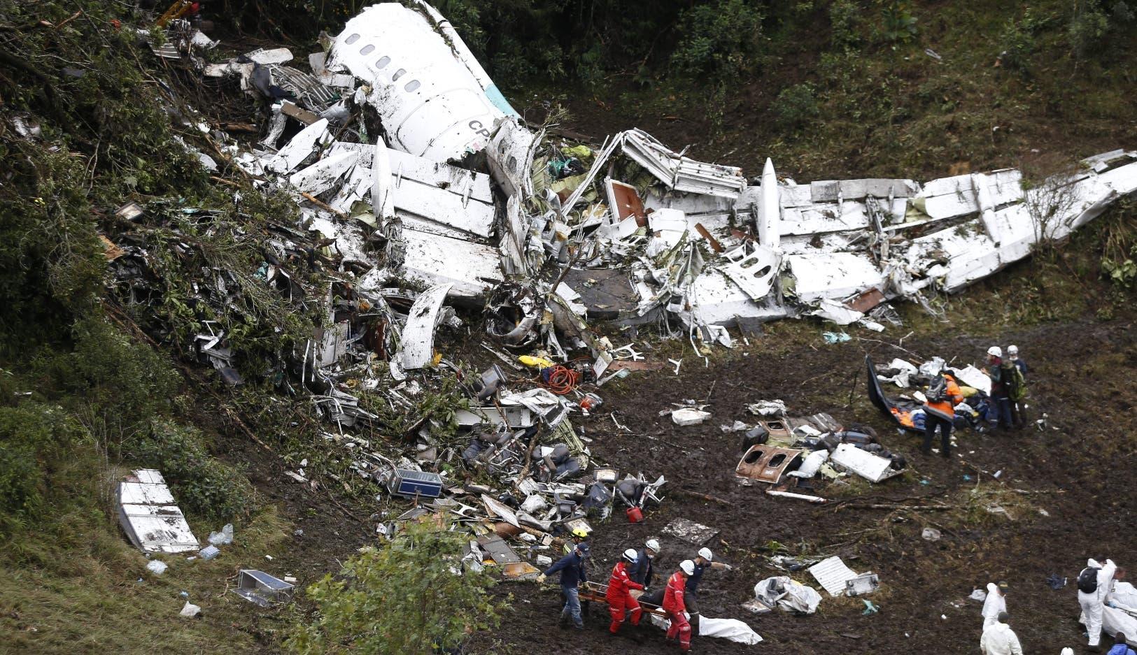 Hipótesis sobre el avión de Chapecoense apunta a falta de combustible