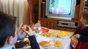 875-viendo-la-tv
