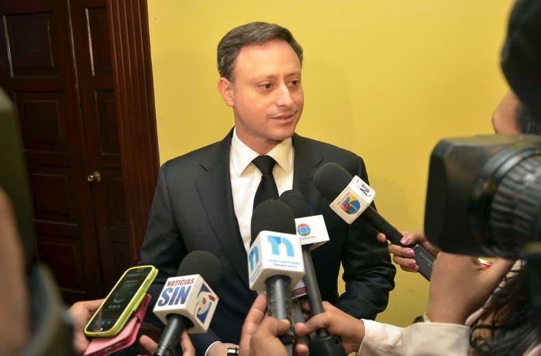 El procurador general, Jean Alain Rodríguez, detalló en conferencia de prensa que envió su solicitud a la Dirección de Compras y Contrataciones Públicas para que impida que el estado vuelva a contratar a Odebrecht.