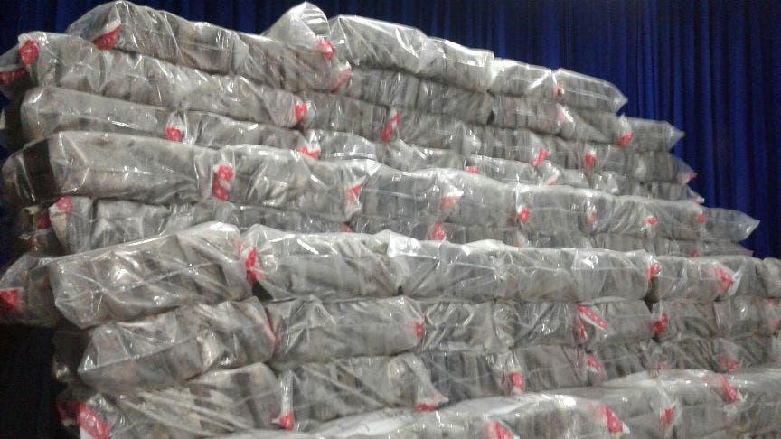 Decomisan 1,100 paquetes de cocaína en provincia Peravia