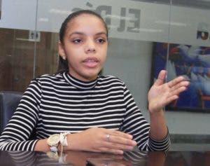 Adolescente de 13 años ya ha escrito tres libros