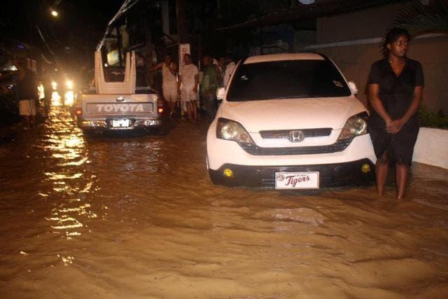 Gobierno va en auxilio de comunidades afectadas por inundaciones en el Cibao