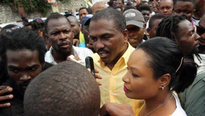 Candidato denuncia irregularidades en conteo de votos en Haití