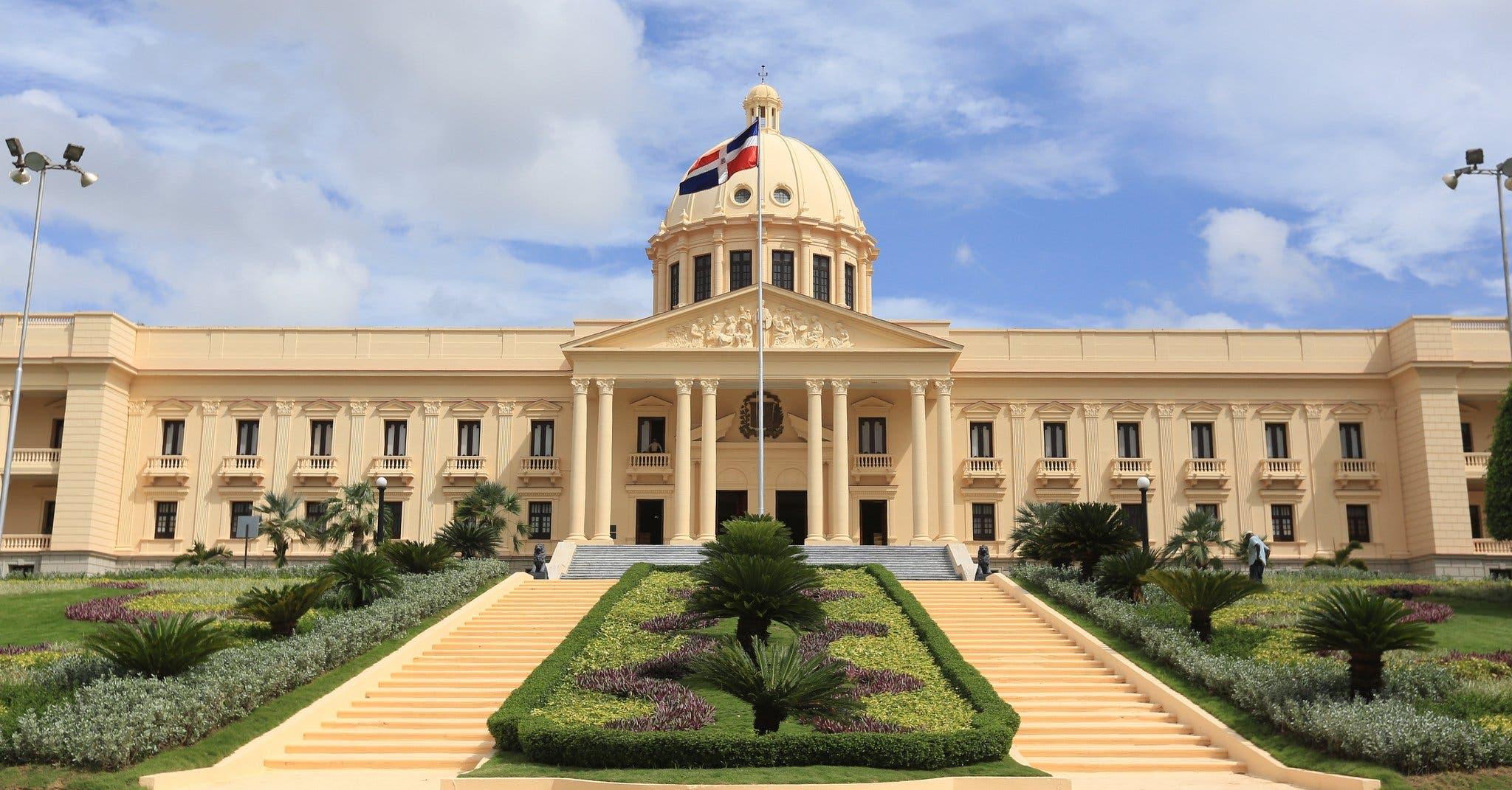 Hoy el Palacio Nacional será iluminado de verde vida por acuerdo París (COP21)
