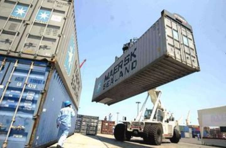 Adozona: las exportaciones deben ser prioridad del país