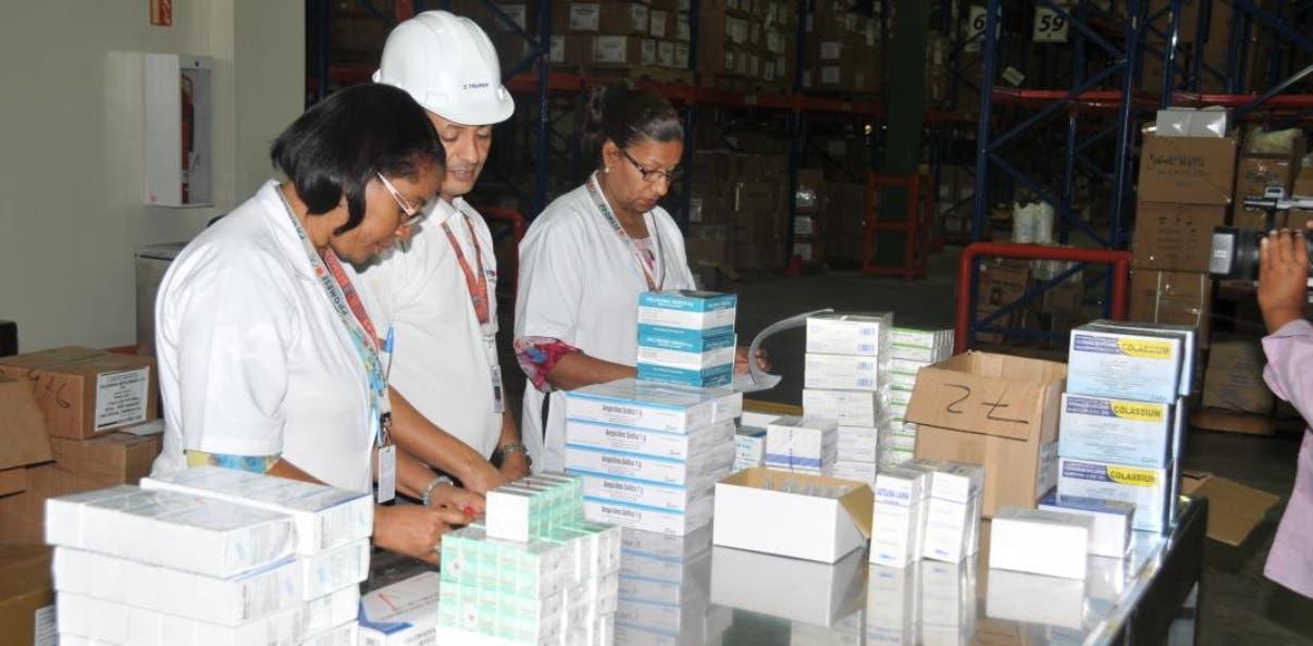 Promese entrega medicamentos a organismos de socorro