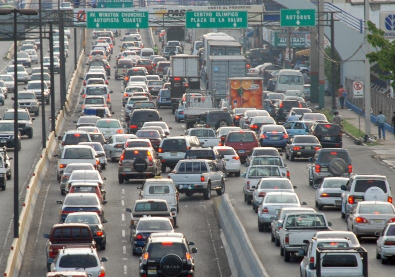 Retiro de luces led a vehículos causa disgusto en la población