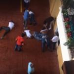 Policía apresa cuatro hombres sorprendidos robando en apartamento