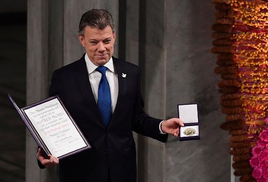 El presidente Juan Manuel Santos recibe el Nobel de la Paz