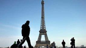La policía francesa había publicado en las últimas horas una fotografía suya y había divulgado sus principales características para pedir colaboración ciudadana y poder arrestarlo.