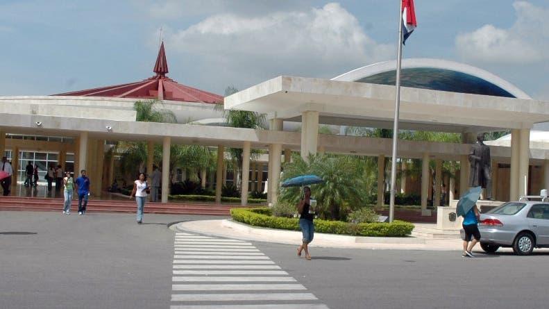 Paro afecta inicio de semestre en UASD; rector dice Faprouasd debe ser razonable