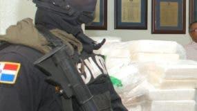 El País/ La Dirección Nacional de Control de Droga DNCD De comisa 800 Kilo de Droga que Iván Hacer enviada a Europa  Hoy Félix de la Cruz  14-03.2012