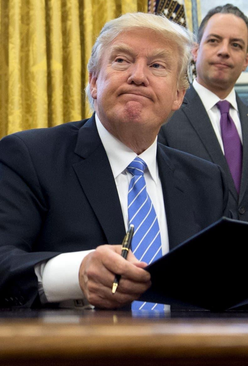 Trump firma nueva orden sobre el veto a refugiados y ciudadanos de 6 países