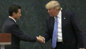 Foto de archivo de los presidentes Enrique Peña Nieto y Donald Trump.
