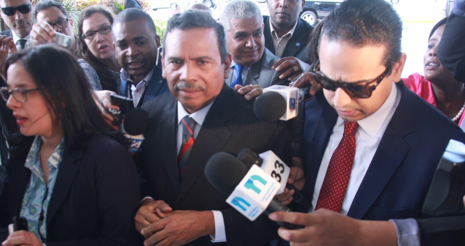 Radhamés Segura al llegar a la Procuraduría General de la República para ser interrogado por una negociación con Odebrecht.