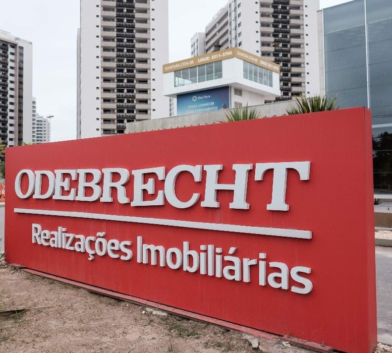 La constructora admitió que pagó sobornos en varios países para obtener la adjudicación de obras millonarias que luego sobrevaluaba.