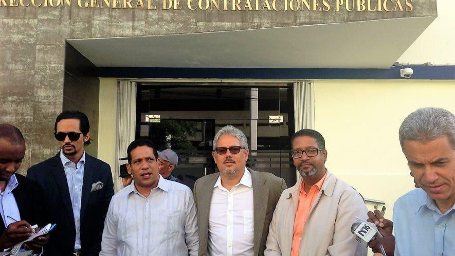 Bartolomé Pujals, Carlos Pimentel, Giovanny De Alessandro y Víctor Ángel Cuello, organizadores de la marcha Fin de la Impunidad.