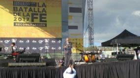 El pastor Ezequiel Molina, durante su discurso en la Concentración Evangélica Nacional La Batalla de la Fe.