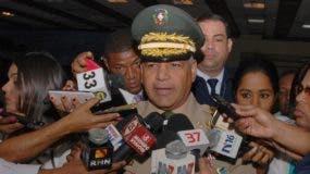 El teniente general Rubén Darío Paulino Sem, ministro de Defensa. Foto de archivo.