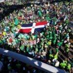 Parte de las personas que participan en la marcha contra la impunidad. Estarlin Taveras