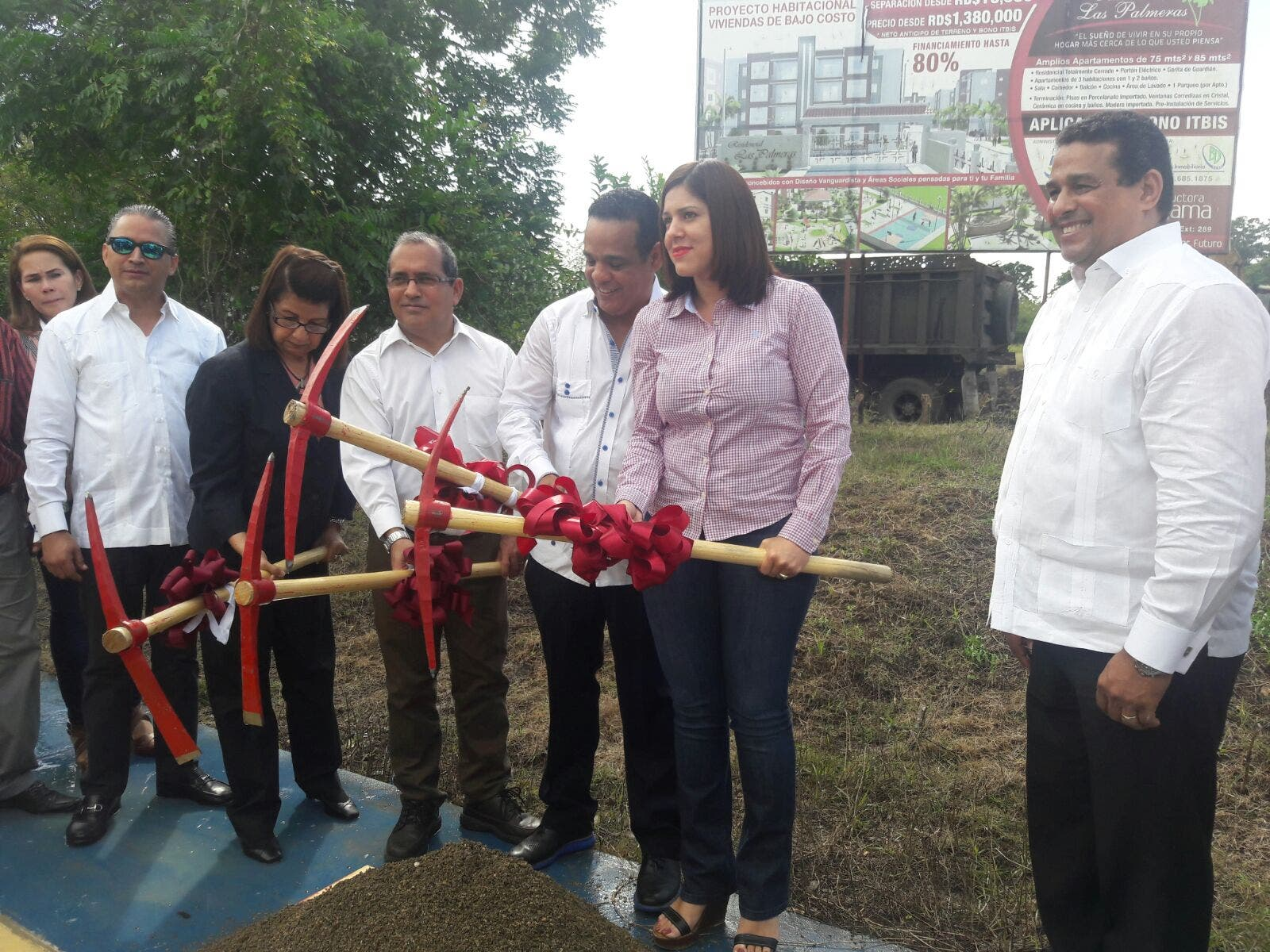 Dejan iniciados trabajos de construcción proyecto habitacional en Hermanas Mirabal