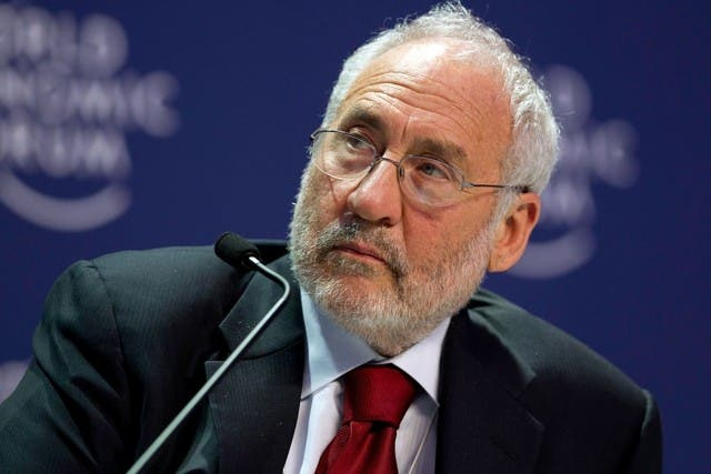 """Stiglitz se preguntó también si Trump no quiere provocar """"una guerra comercial""""."""