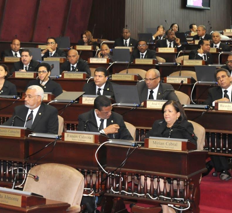 Sesión Ordinaria de la Camara de diputados en el Congreso Nacional. Hoy/ Alina Mieses 27/02/2011