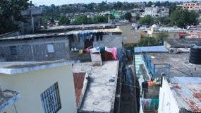 Los Moradores de Los tres Brazos se siente satisfecho por la desicion del presidente Danilo Medina, de dejar sin efecto venta de ese Barrio. Foto: Elieser Tapia.