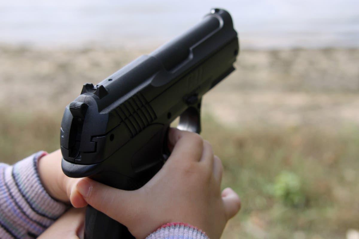 Las armas no son juguetes