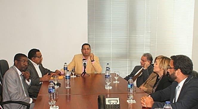 Director de la ONDA promete poner fin a la  piratería en República Dominicana