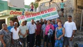 Parte de los residentes del sector Los Tres Brazos. Nicolás Monegro.