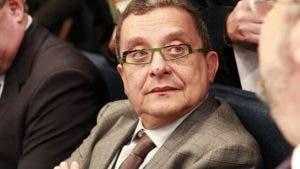 Santana es uno de los consultores políticos más importantes de Brasil y fue también asesor de las campañas victoriosas del fallecido presidente venezolano Hugo Chávez